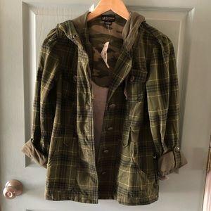 🆕 Plaid military inspired jacket